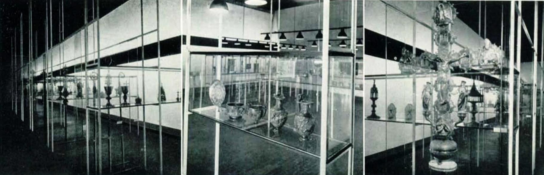 Allestimento della Mostra dell'antica oreficeria italiana triennale milan 1936