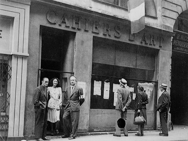 The Cahiers d'Art gallery 1944