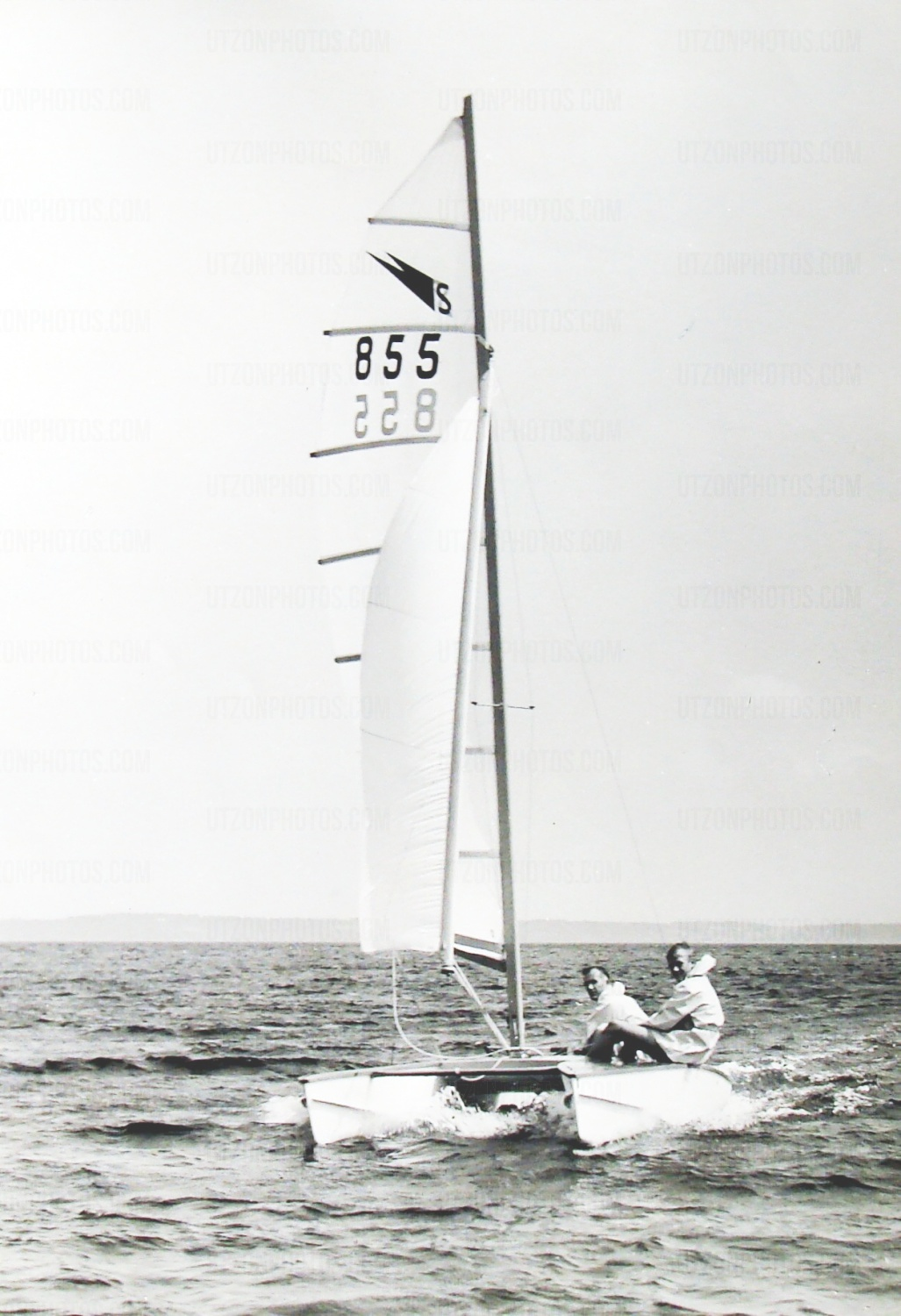 Jorn and Jan Utzon - Shearwater catamaran 1960