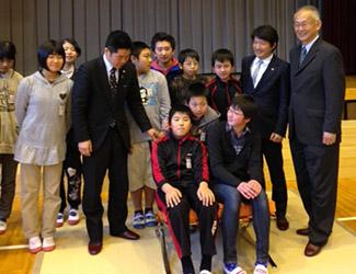 japanstudentspnchair1