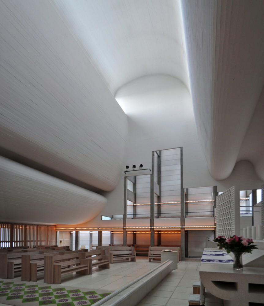 utzon church