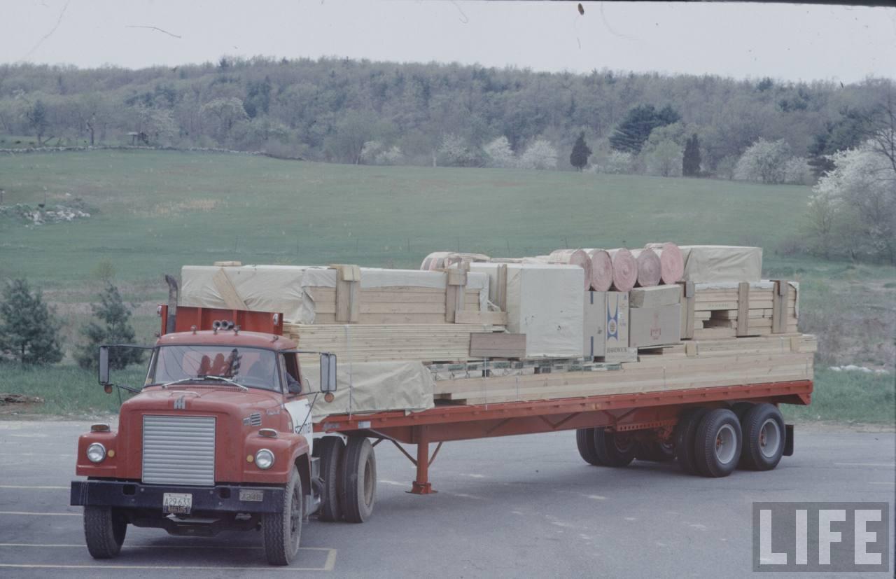risom truck