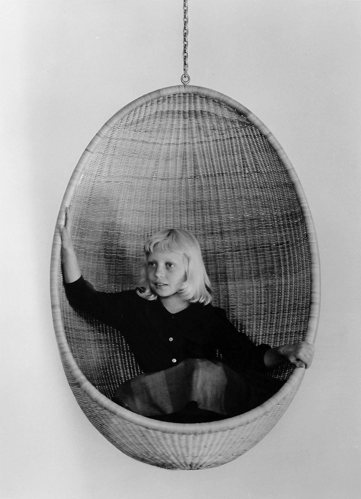 1957 Hanging Egg Chair designed by Nanna & Jørgen Ditzel - daughter Dennie Ditzel