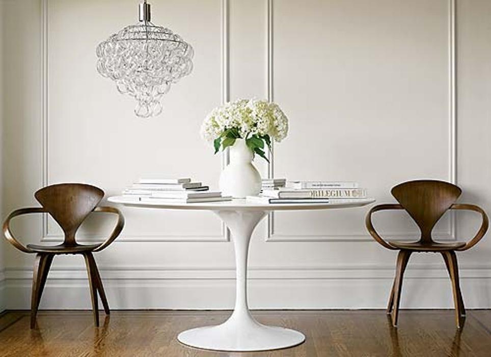 Cherner - armchair and saarinen table
