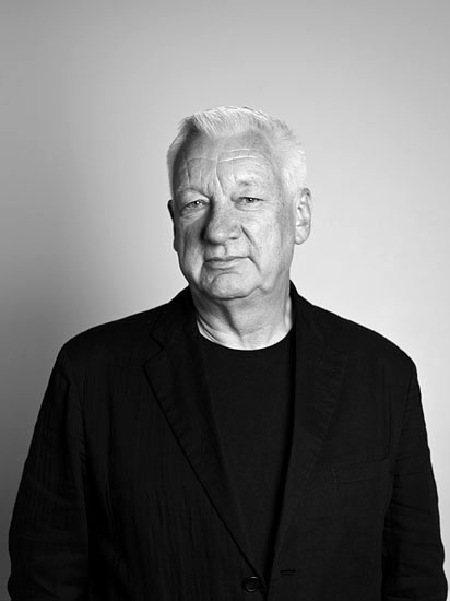 michael-craig-martin-by-mark-blower