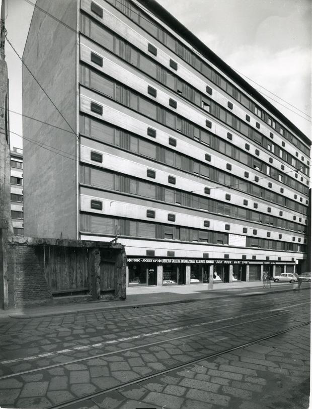 corso_Porta_Romana apt bldg 1967