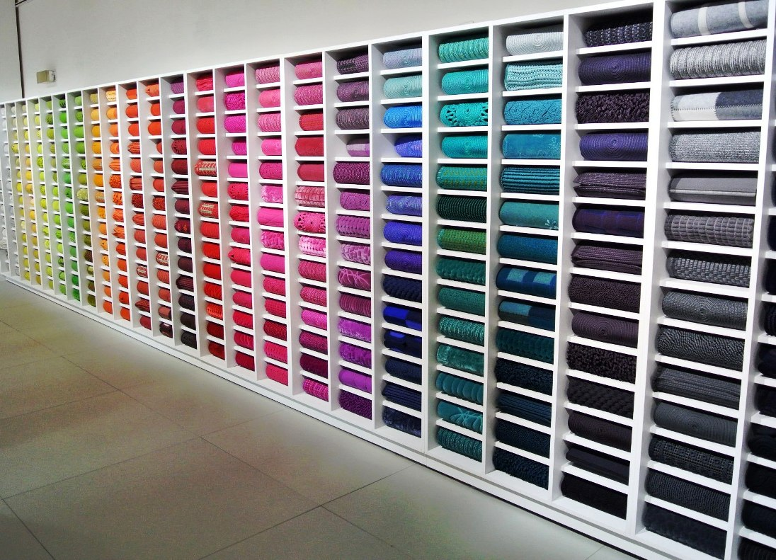 paola-lenti-key-of-colour-wall