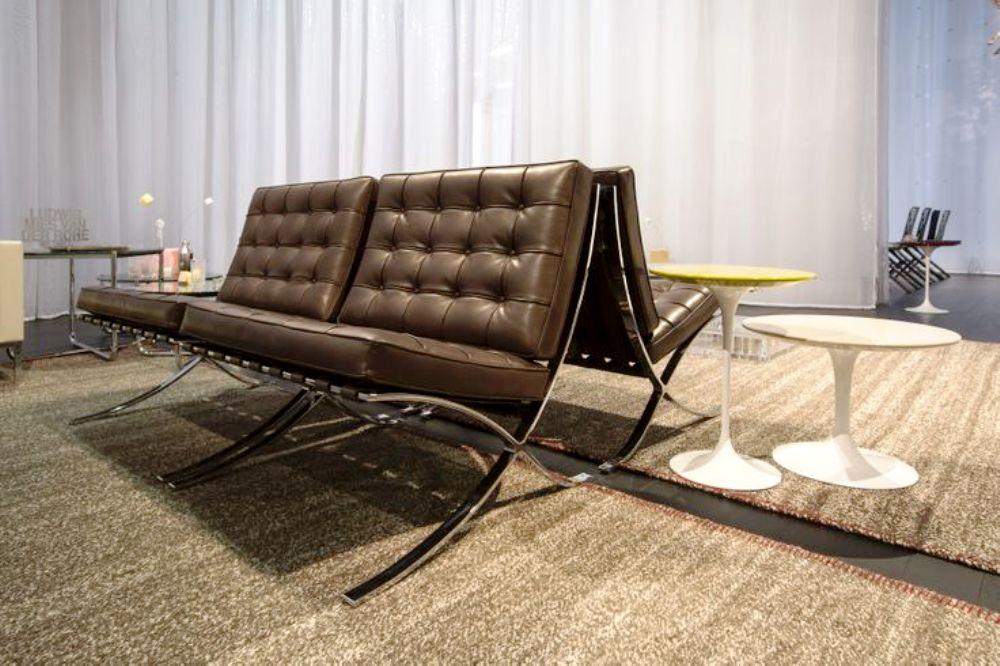 knoll barcelona chair 2014
