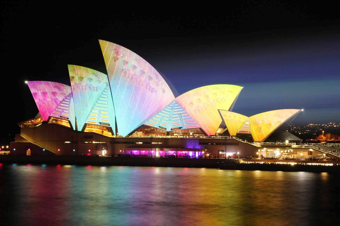 lighting the sails sydney opera house vivid 2014 (2)