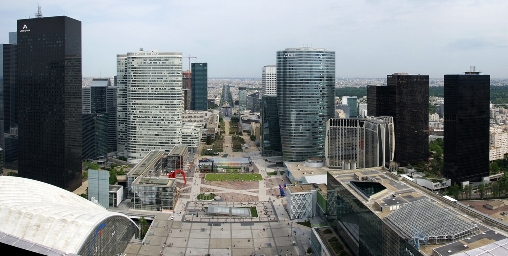 la defense area now