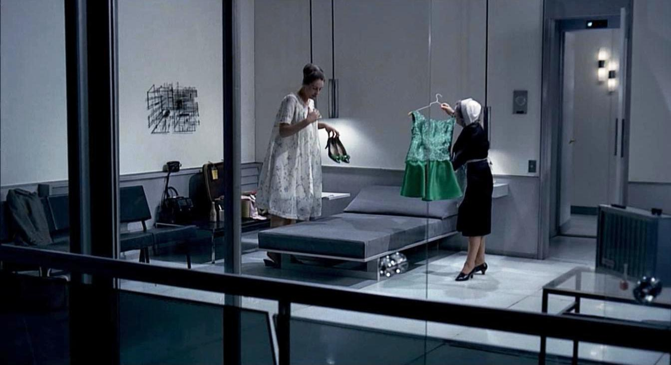 playtime jacques tati barbara apartment (2)