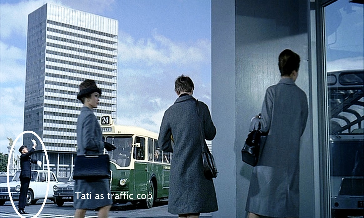 playtime jacques tati false disguises (4)