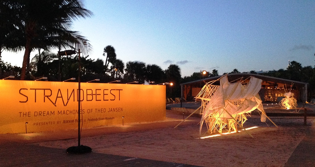 Strandbeests_Art-Basel-Miami