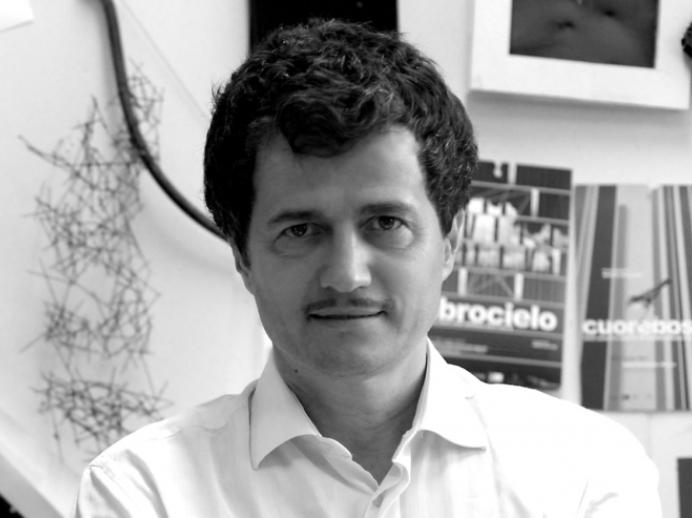 """Attilio Stocchi, curatore dell'installazione """"Favilla. Ogni luce una voce"""""""