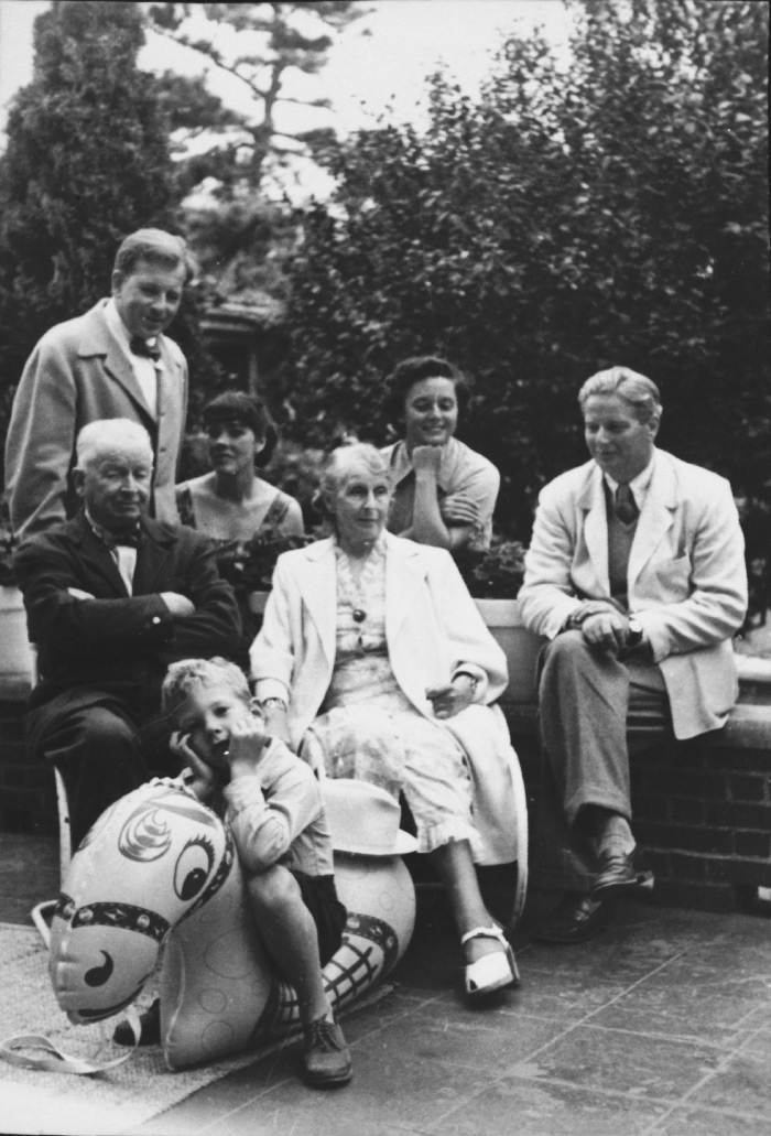 Back row from left  Eero Saarinen, Lily Swann Saarinen and Florence Schust Knoll. Middle row Eliel Saarinen, Loja Saarinen and Hans Knoll.