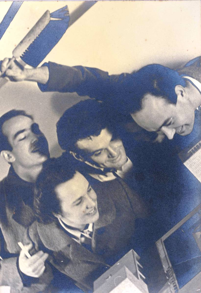 Cranbrook Academy of Art - Harry Bertoia, Charles Eames, Ben Baldwin and unknown woman, ca 1939