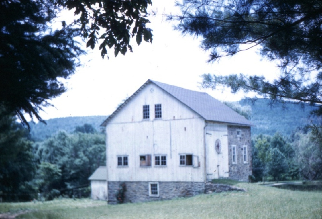 barn prior to renovation
