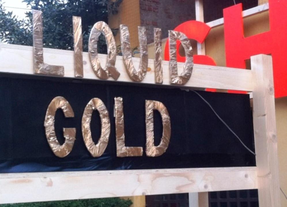 design academy eindhoven liguid gold 2015 (1)