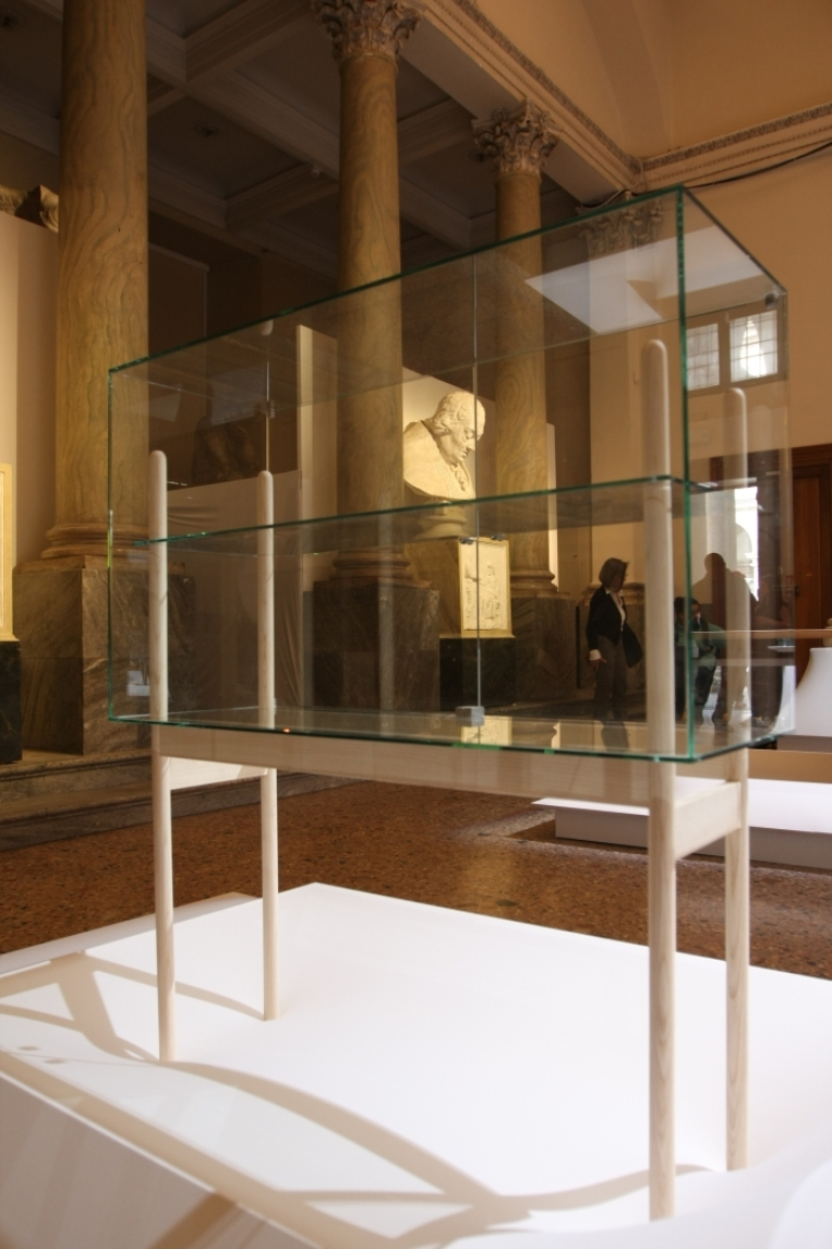 Belgium-is-Design-Confronting-the-Masters-Milan-2015-Stefan-Schöning-Legnosystem
