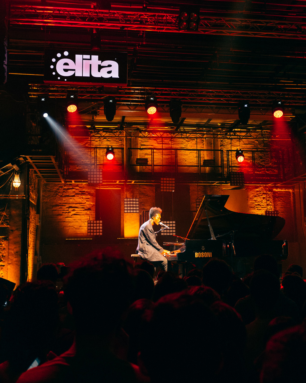 benjamin dementine at elita bar 2015