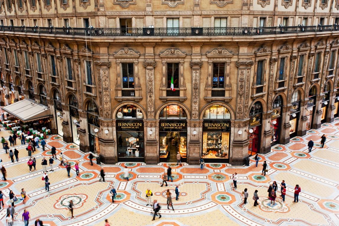 galleria vittorio emanuele salone milan 2015 (1)