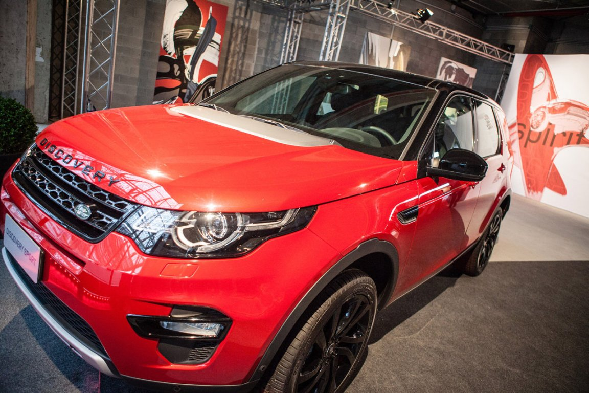 land rover discovery sport salone milan 2015 (2)