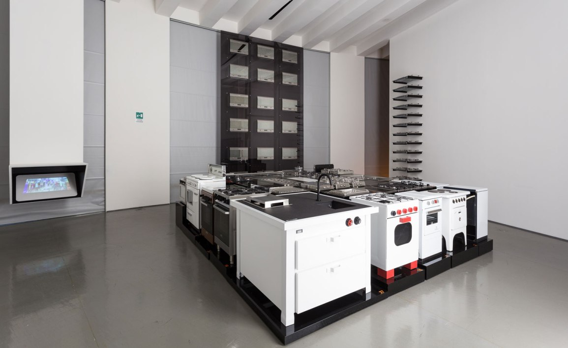 ovens kitchen and invaders triennale 2015 (1)