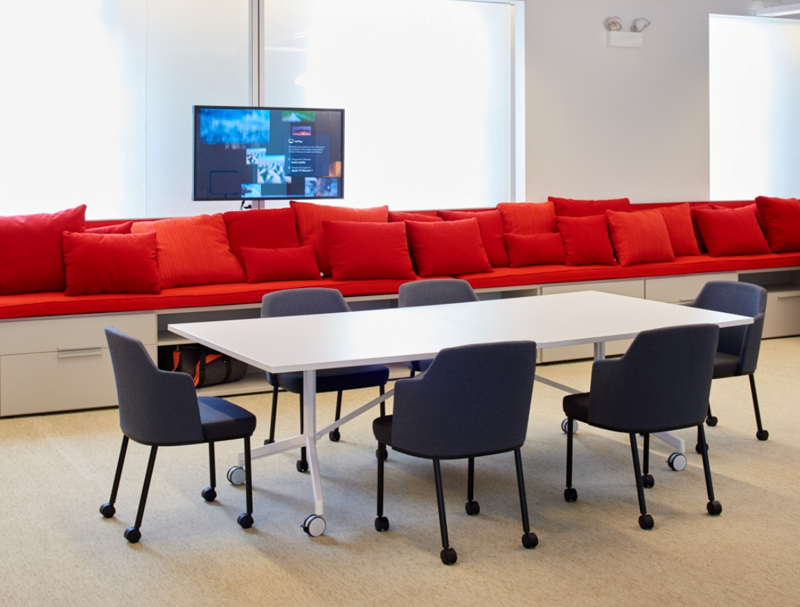 Knoll NeoCon 2015 pixel meeting table