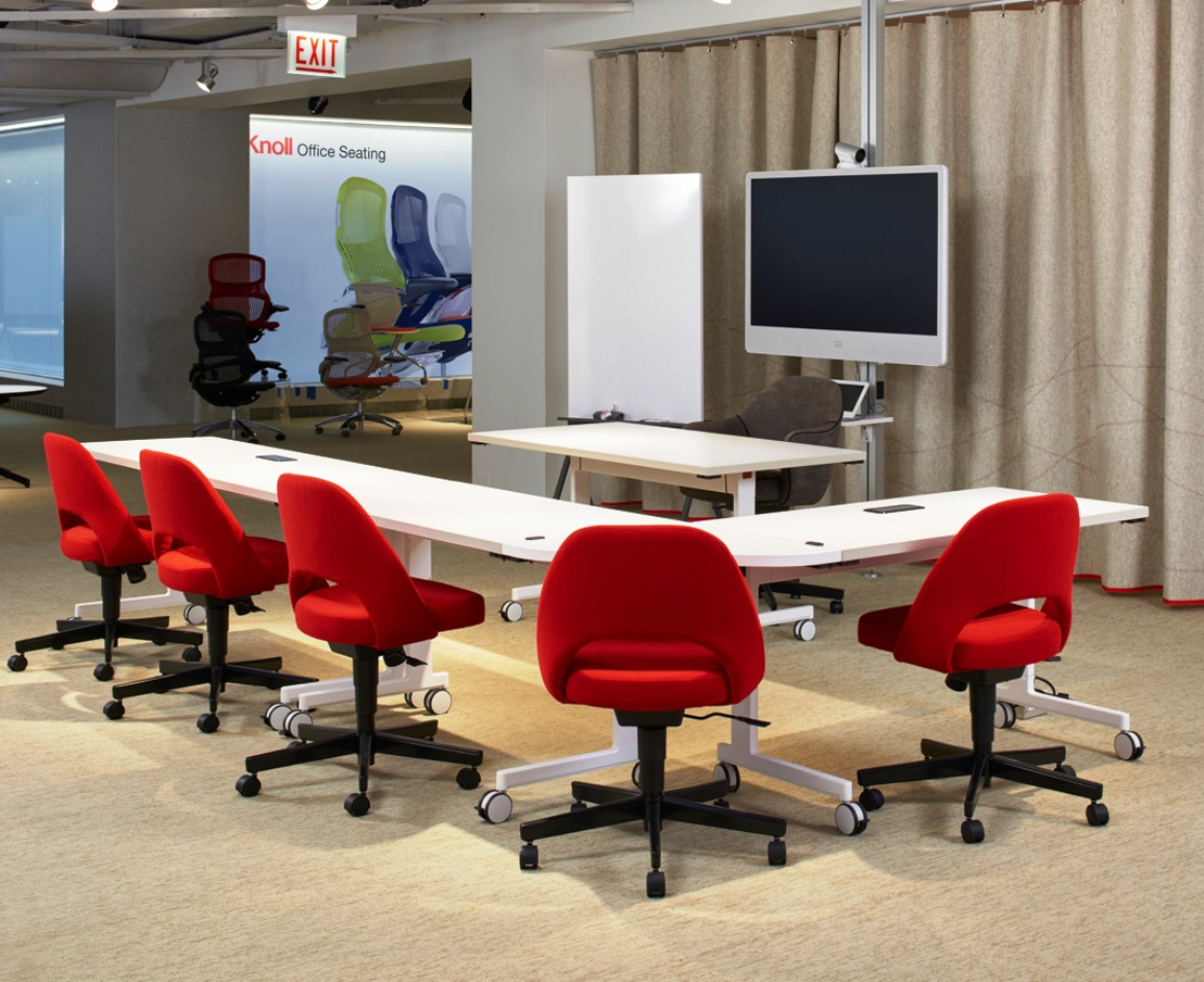 Knoll NeoCon 2015 pixel training / meeting tables