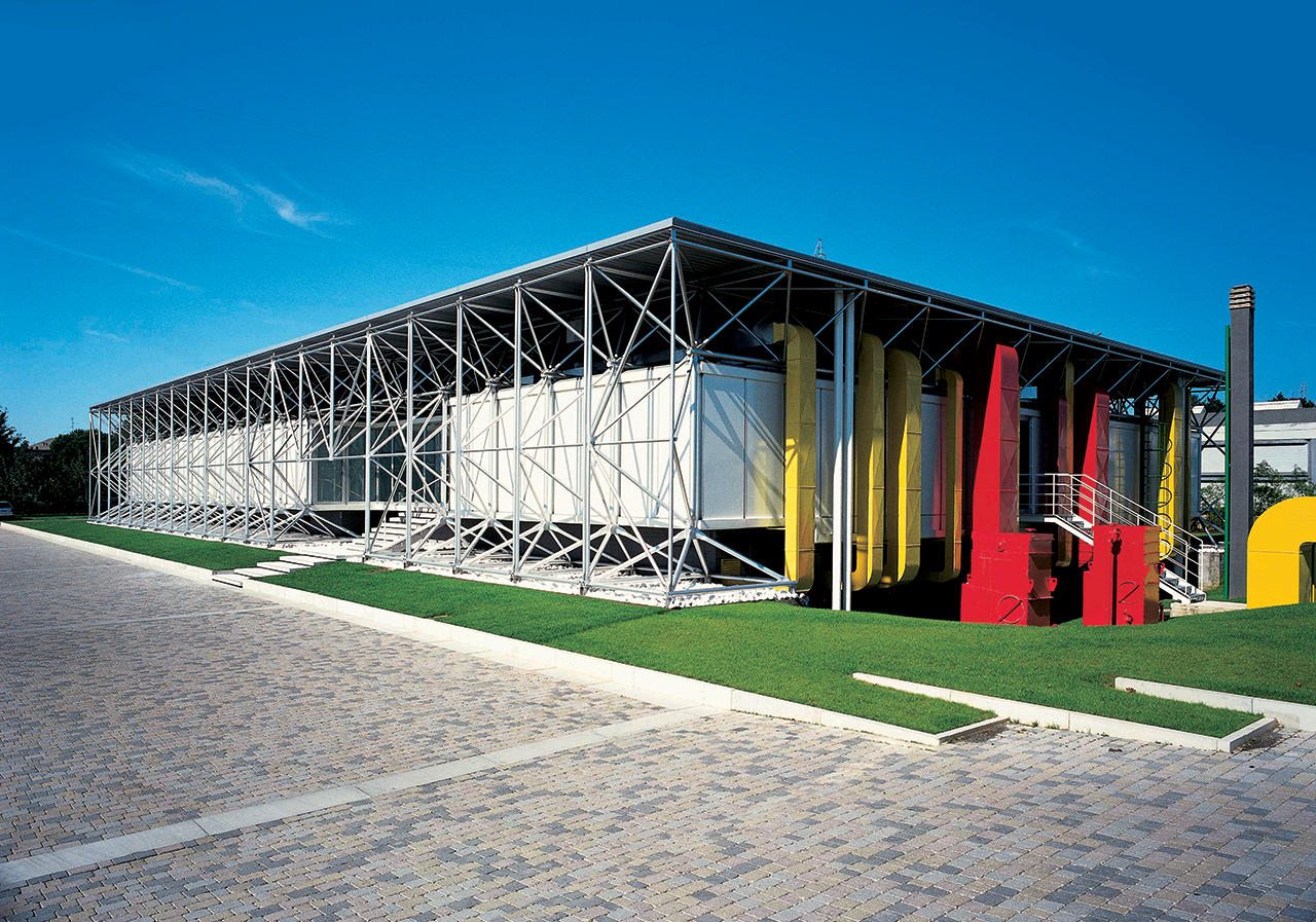 renzo piana and richard rogers designed hq in 1970s