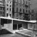 1949-the-new-york-museum-of-modern-art-exhibition-house-erected-in-the-sculptural-garden-of-the-museum