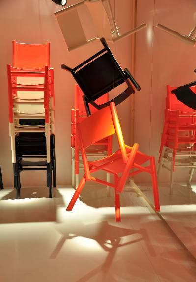 peg chairs