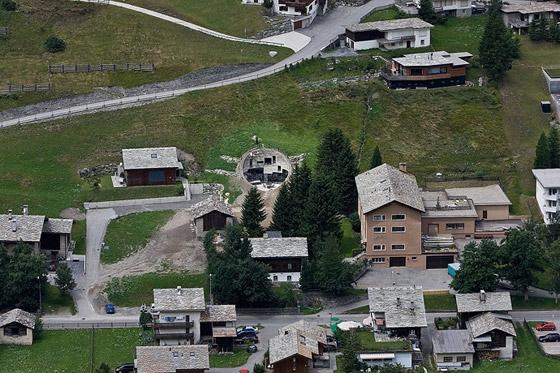 christian-mueller-architects-villa-in-vals-012