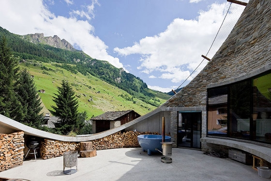 christian-mueller-architects-villa-in-vals-09