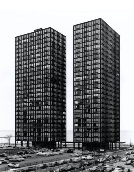 Mies van der Rohe – 860-880 Lake Shore Drive, Chicago