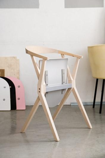 Salone Milan 2010 – B Chair