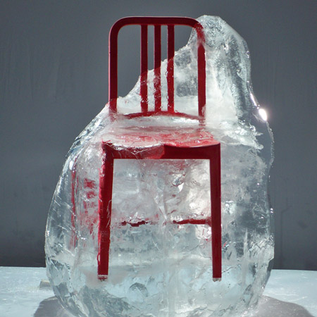 Salone Milan 2010 – Navy Chair goes cola red