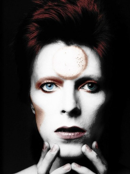 """David Bowie – """"Chameleon"""" addicted to excess"""
