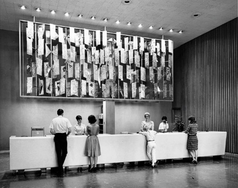 Bertoia's brass, copper, and nickel screen was installed in the Dallas Public Library in 1955.