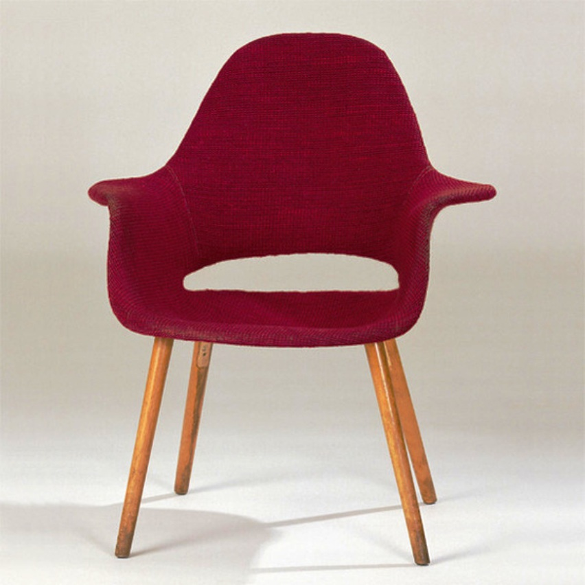 Organic Armchair, a collaboration of Charles Eames and Eero Saarinen for the Organic Design in Home Furnishings design competition at the Museum of Modern Art  1940