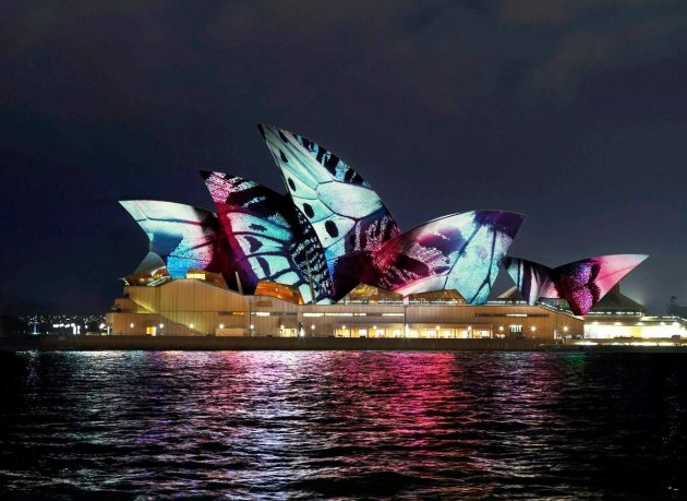 Sydney Opera House – Lighting the Sails @ Vivid Sydney 2017