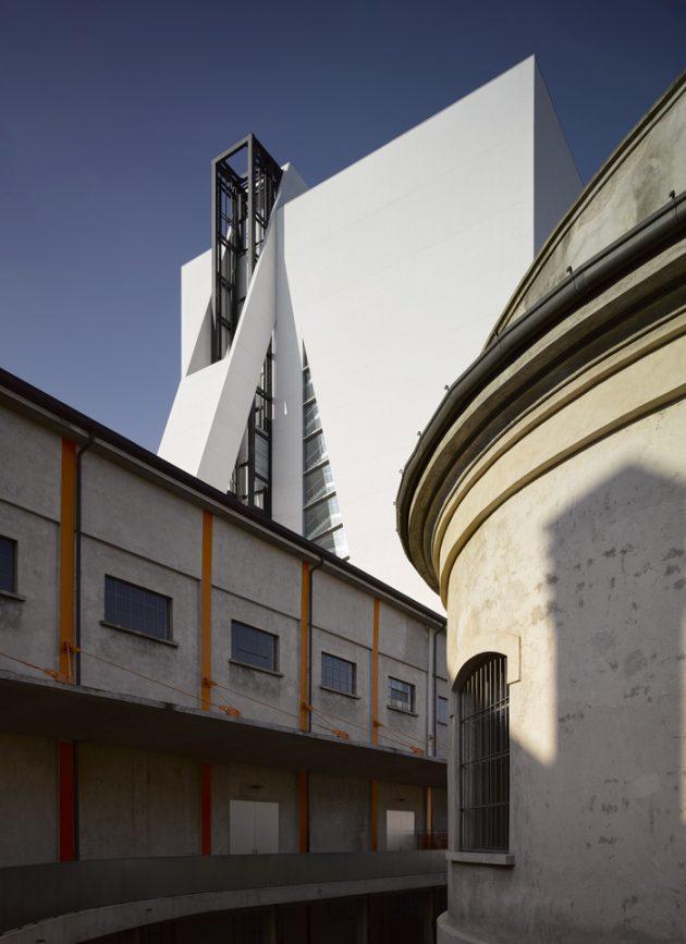 Torre at Fondazione Prada @Salone Milan 2018