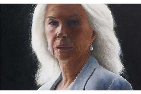 portrait-of-robyn-nevin-by-christopher-mcvinish