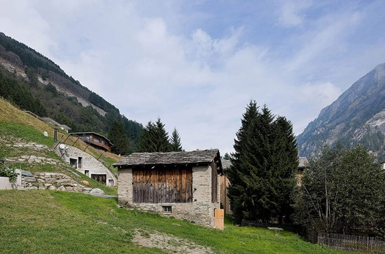 christian-mueller-architects-villa-in-vals-014
